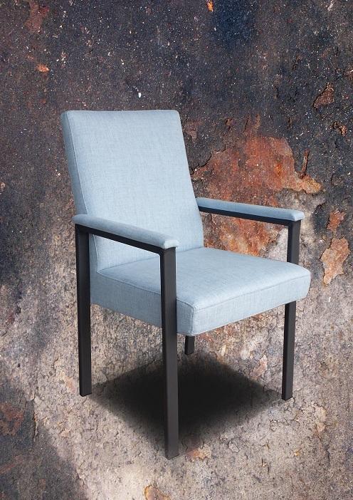 lichtblauw axis stoel